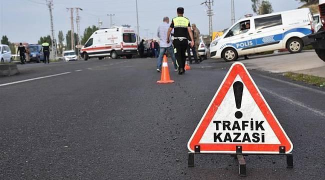Belediye İşçisi Traktörden Düşerek Öldü