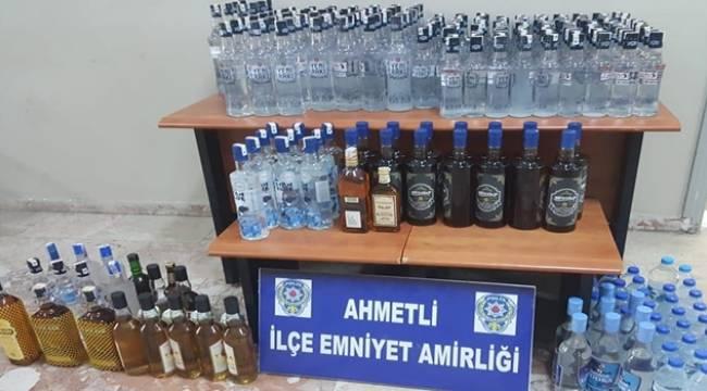 Ahmetli'de Kaçak İçki Operasyonu: 3 Gözaltı