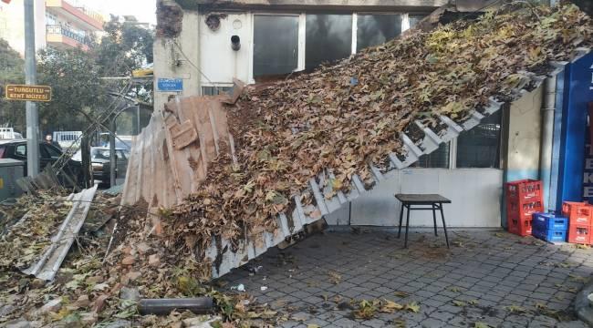 Turgutlu'da Tarihi Kahvehanenin Eterneti Çöktü