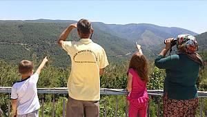 Turgutlu'da Ormanlar 'Duman Takipçisi' Aileye Emanet