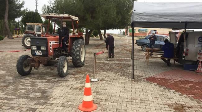 Jandarma Girişimiyle Traktörlerine Muayene Yaptırdılar