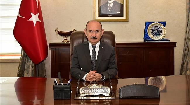 Manisa Valisi Yaşar Karadeniz' in 10 Nisan Polis Haftası Mesajı