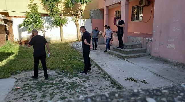Manisa'da KADES Uygulaması Hayat kurtardı!  Polis Baltalı Kocayı Vurarak Durdurdu