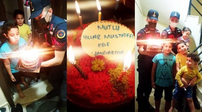Turgutlu Jandarmadan Mustafa Ege'ye Doğum Günü Sürprizi