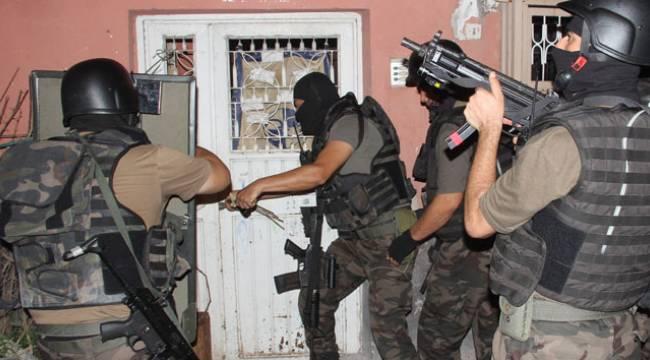 Salihli'de DEAŞ/IŞİD Operasyonu: 7 Gözaltı